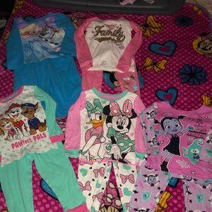 (5) sets of character 2t pajama sets